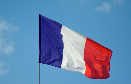 Sans hésitation, pour la défense de la culture et de la liberté d'expression: votons Macron!