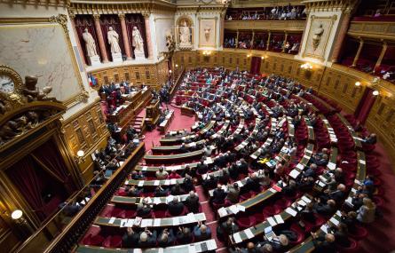 Revente de fréquence TV: l'USPA soutient le renforcement des pouvoirs du CSA par le Parlement