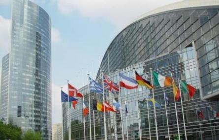 Accès transfrontière aux contenus en ligne : la production française salue une directive équilibrée et un nouveau cadre sécurisé